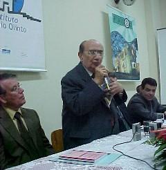 O escritor em recente evento em sua cidade natal, Ubá, MG