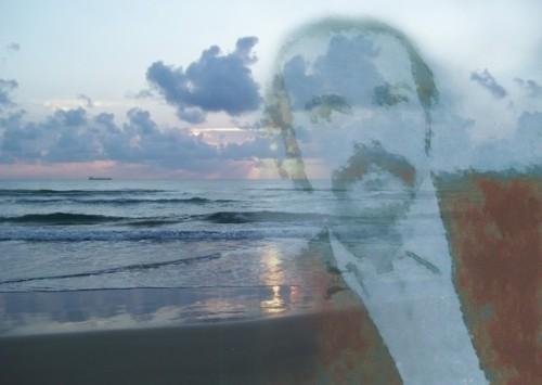 Manoel de Andrade, com seus bigodes zapatianos da juventude, passeia nas memórias marítimas de