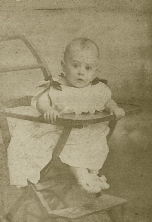 A primeira cadeira de Fernando Pessoa